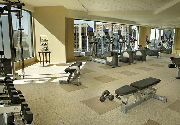 Toronto Marriott Downtown Eaton Centre Фитнесс-клуб