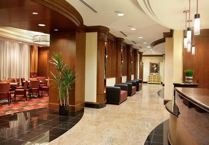 Residence Inn Toronto Downtown/Entertainment District Lobby