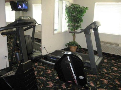 Guest House Intl Inn & Suites - Aberdeen, WA