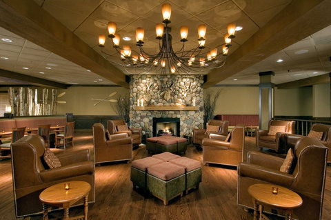 DoubleTree by Hilton Chicago - Arlington Heights - Birch River Grill - An American Kitchen