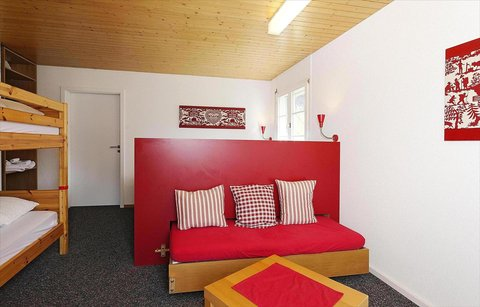 Berghaus Bort Hotel - 6-bed room with Eiger view