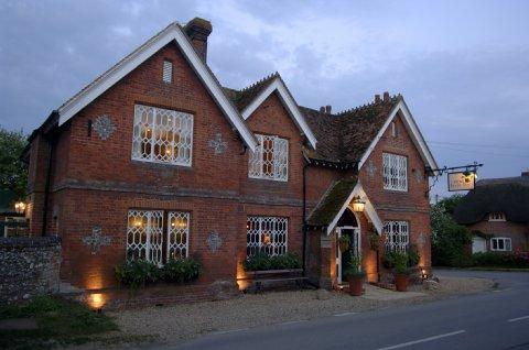 Peat Spade Inn - Exterior View
