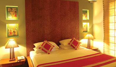Vedic Village Spa Resort - Lakeside Villa Bedroom