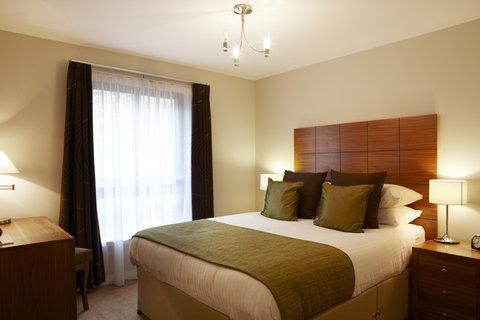 The Knight Residence - Master bedroom