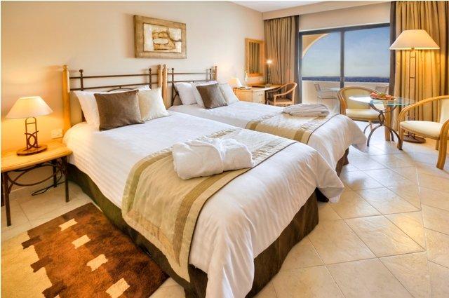 Marina Hotel at the Corinthia Beach Resort Rum