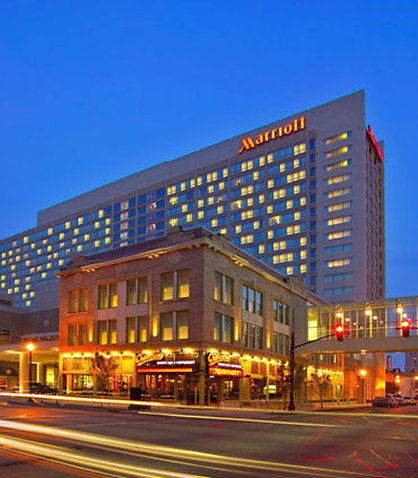 Louisville Marriott Downtown Vista exterior