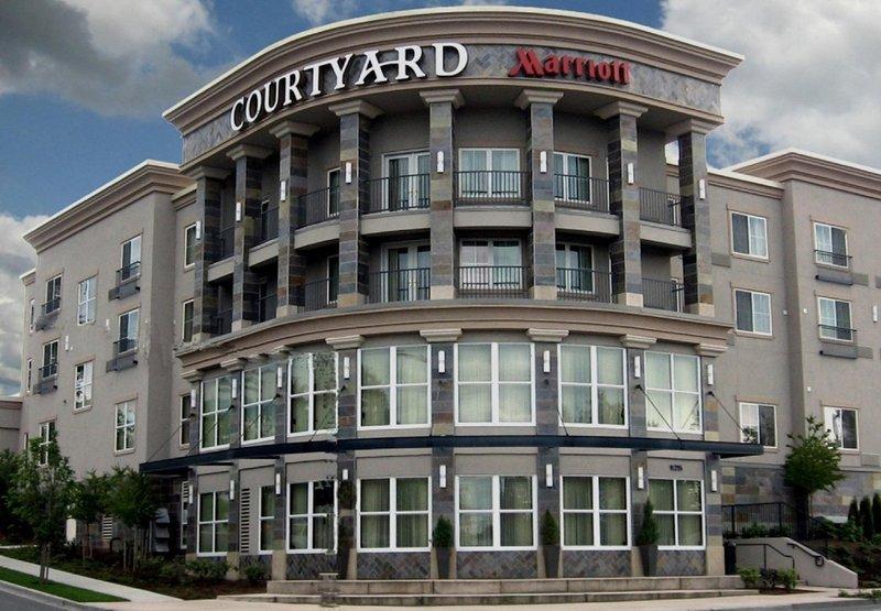 Courtyard by Marriott Seattle Kirkland Außenansicht