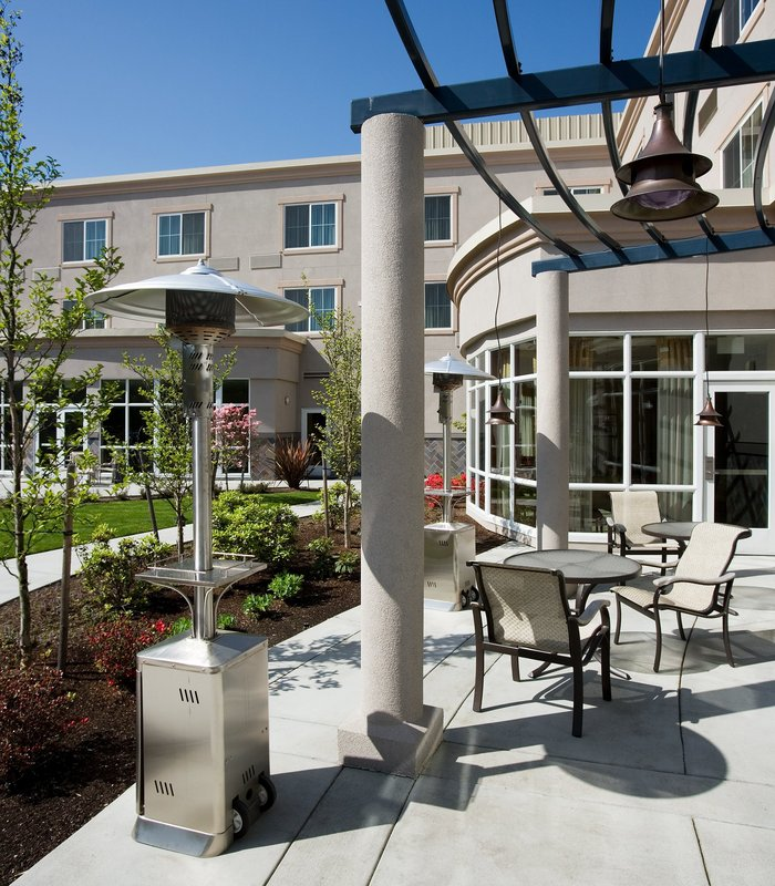 Courtyard by Marriott Seattle Kirkland Bar/Lounge
