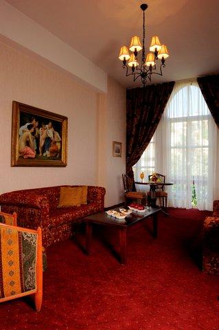 Grand Hotel Kadri   Zahle - Suite