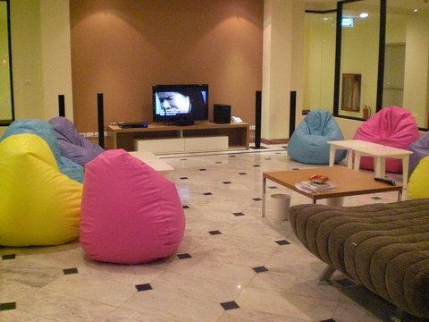 Imm Hotel Thaphae Chiang Mai - ITPLiving Room