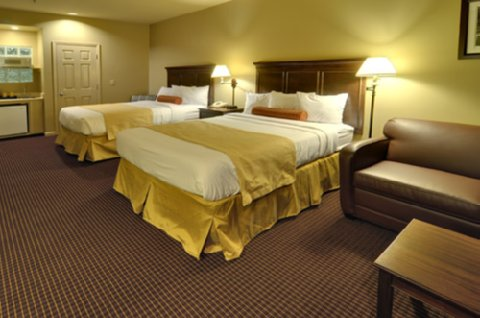 University Park Inn & Suites - Double Queen Suite