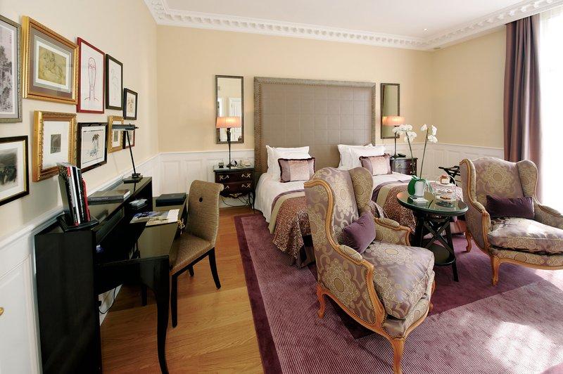 Hotel De Paris Вид в номере