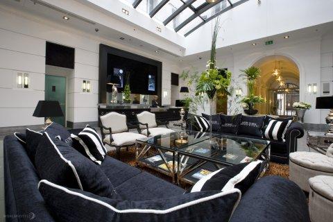 Alta Moda Fashion Hotel - Lobby Of Alta Moda Fashion Hotel