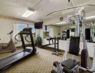 Ramada Plaza Hotel Hagerstown - Fitness Center