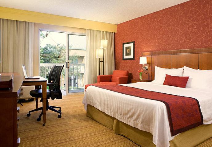 Hotel Courtyard San Mateo Foster City Zimmeransicht