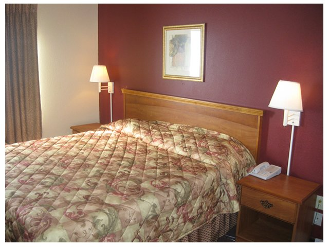 Downtowner Inns - Claxton, GA