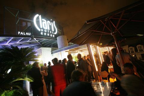 فندق كلاريس جي إل - Terraza Del Claris By Night