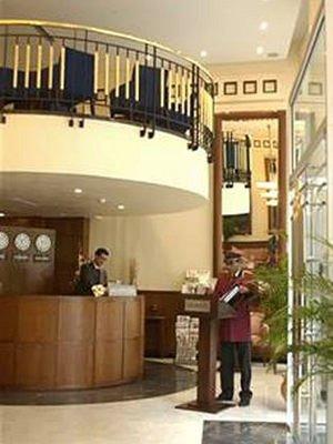 فندق بيزنس - Fotpe RECEPCIONOK