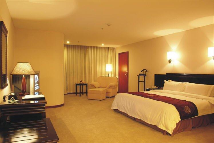 King Dynasty Hotel Zimmeransicht