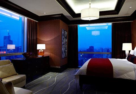 Renaissance Beijing Capital Hotel - Presidential Suite Bedroom