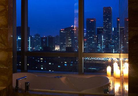 Renaissance Beijing Capital Hotel - Presidential Suite Bathroom