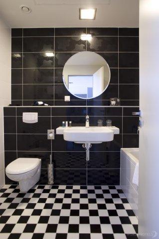 Alta Moda Fashion Hotel - Bathroom At Alta Moda Fashion Hotel