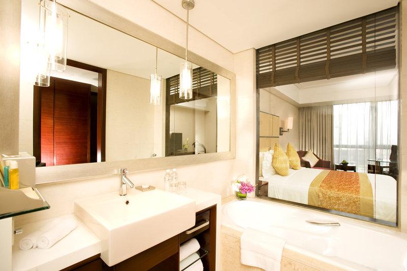 Radisson Hotel Shanghai Hong Quan Suite