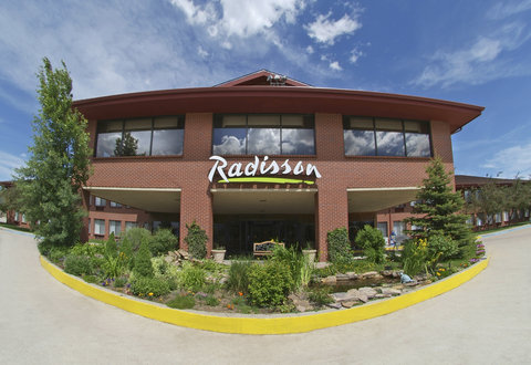 Radisson Hotel Colorado Springs Airport - Exterior