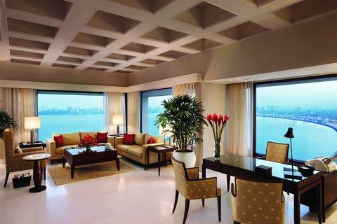 The Oberoi, Mumbai - Kohinoor Presedential Suite Living Room