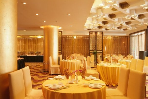 Eastern Pearl Hotel Gastronomy