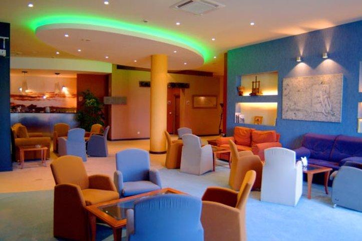 Hotel Moniz Sol 酒吧/休息厅