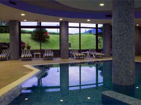 Hotel Moniz Sol 游泳池视图
