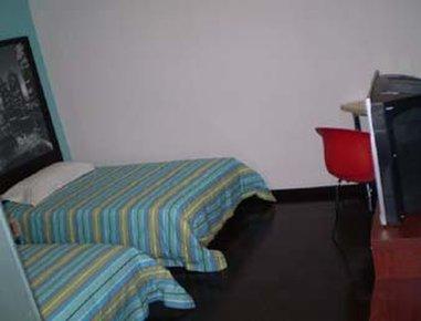 Super 8 Hotel Beijing Daxing Huang Cun - Two Twin Bed Room