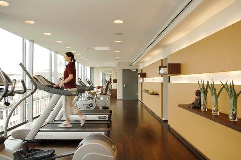 Kastens Hotel Luisenhof - Fitness Area at Kastens Hotel Luisenhof Hanover