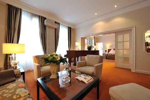 Kastens Hotel Luisenhof - Piano Suite at Kastens Hotel Luisenhof Hanover