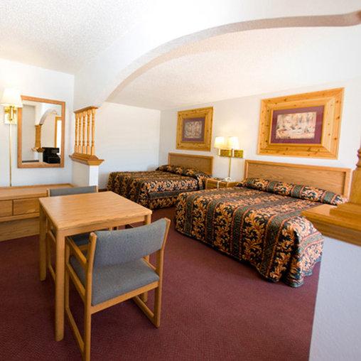 Country Inn & Suites - Mandan, ND