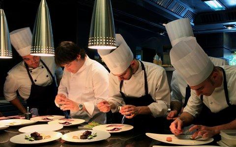 阿布奥西餐厅酒店 - ABaC s kitchen