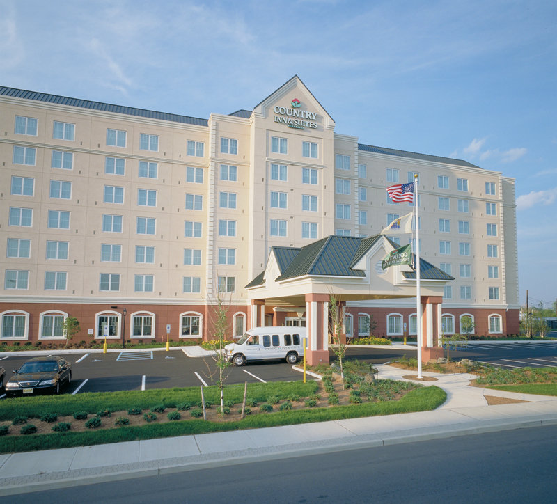 Country Inn & Suites By Carlson, Newark Airport Dış görünüş