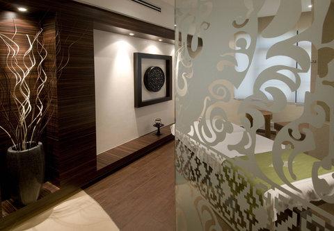 Renaissance Kuala Lumpur Hotel - Mandara Spa Treatment Room