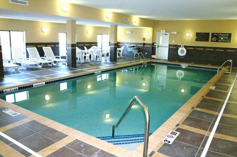 Hampton Inn Suites Watertown In Watertown Sd Menu And