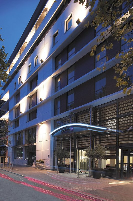 Radisson Blu Hotel Paris-Boulogne Ulkonäkymä