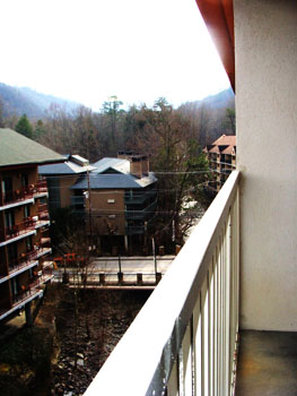 Travelodge Inn & Suites Gatlinburg - FIAGatlinburg Mountain -River View