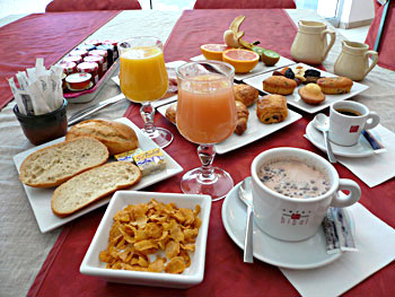 Kyriad Sete Centre - Breakfast