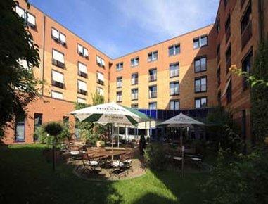 فندق رامادا هامبورغ بيرجيدورف - Terrace