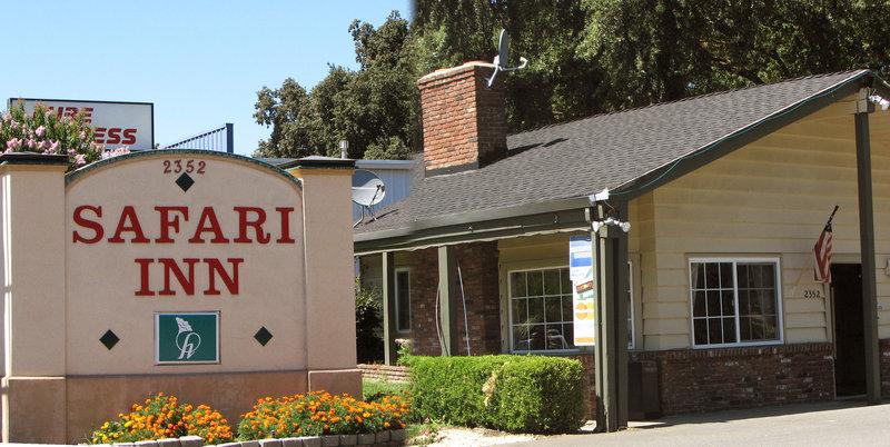 safari inn motel in chico ca 95926 citysearch. Black Bedroom Furniture Sets. Home Design Ideas