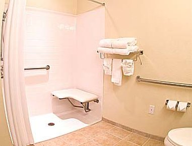 Microtel Inn & Suites by Wyndham Gulf Shores - ADA Bathroom Building 2