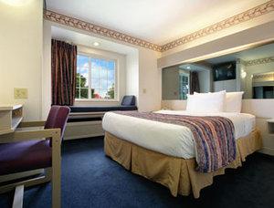 Room - Microtel Inn by Wyndham Janesville