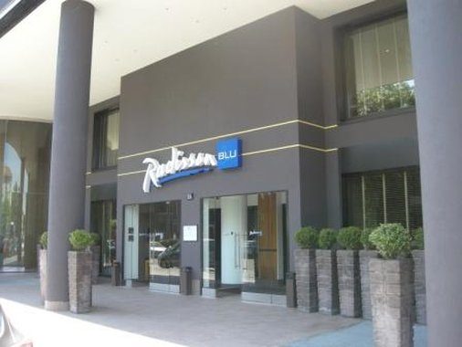 Radisson Blu Hotel, Milan Fasad