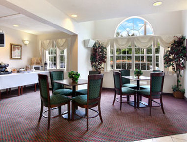 Microtel Inn & Suites by Wyndham Columbia/Harbison Area - Breakfast Area