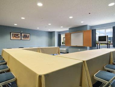 Microtel Inn & Suites by Wyndham Gardendale - Meeting Room